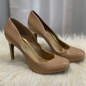 Jessica Simpson tan heels shoes size 6